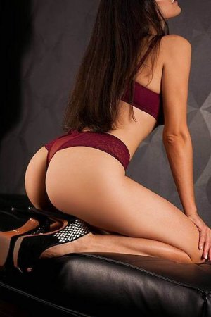 Ludovina escorts girls Fécamp